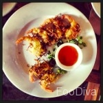 Coconut crumb fried prawns